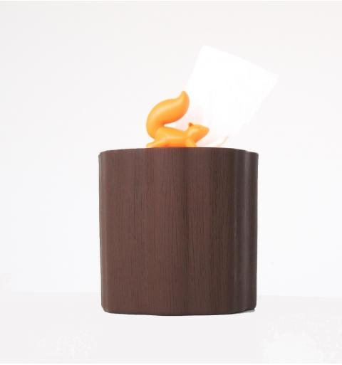 Ardilla dispensadora de pañuelos