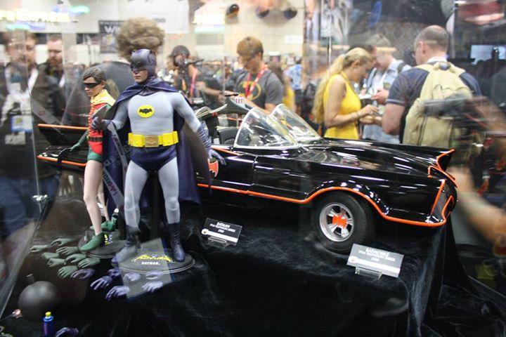 Figuras de Batman y Robin en la Comic Con de San Diego 2013