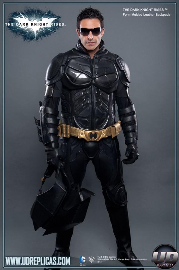Traje de Batman réplica para ir en moto