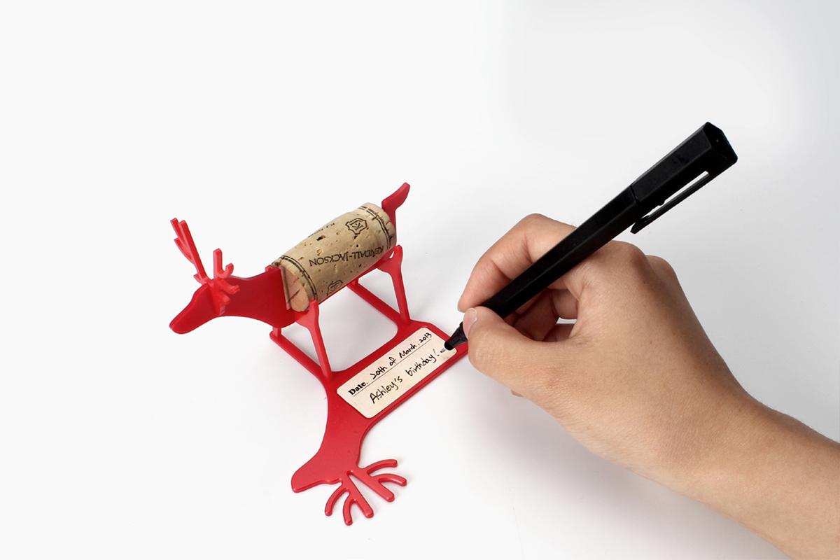 Atrapamomentos, animalitos de diseño para conservar los corchos de celebraciones especiales