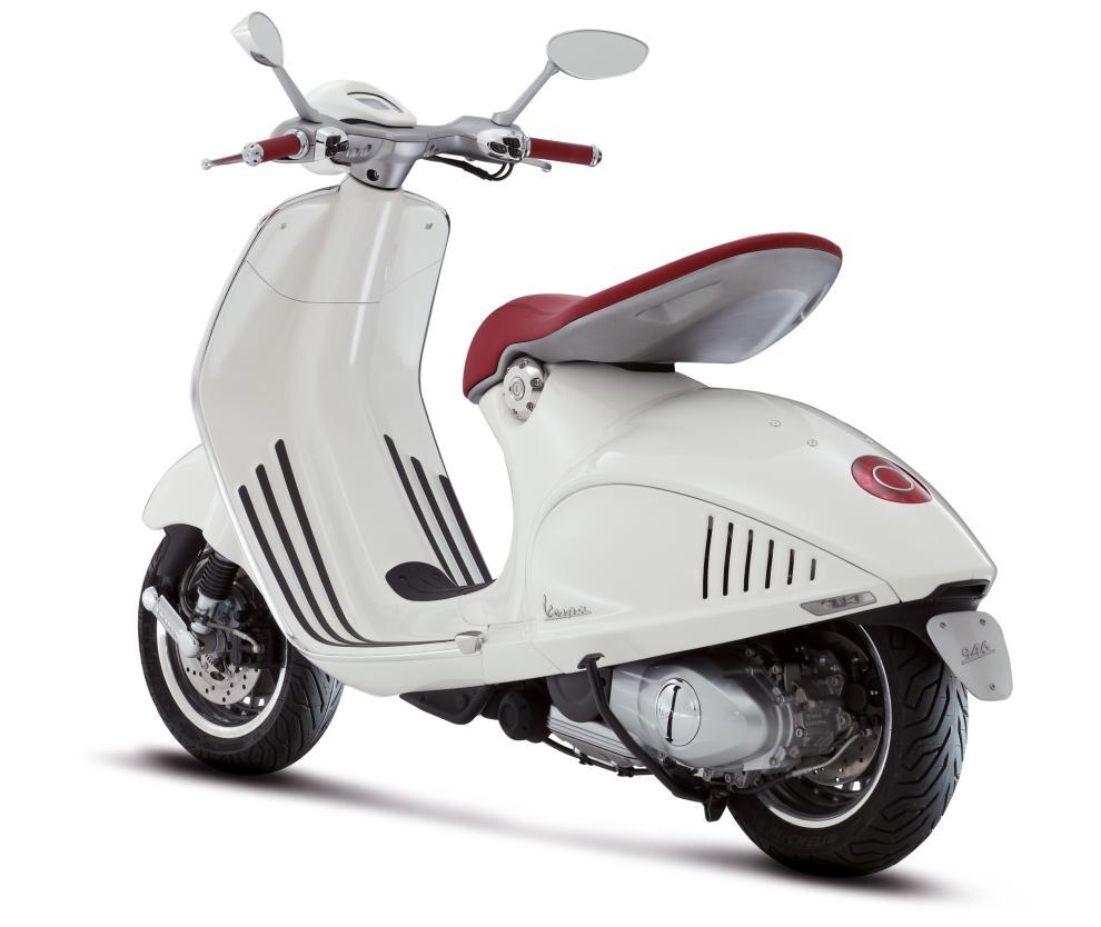 Nueva Vespa 946 blanca